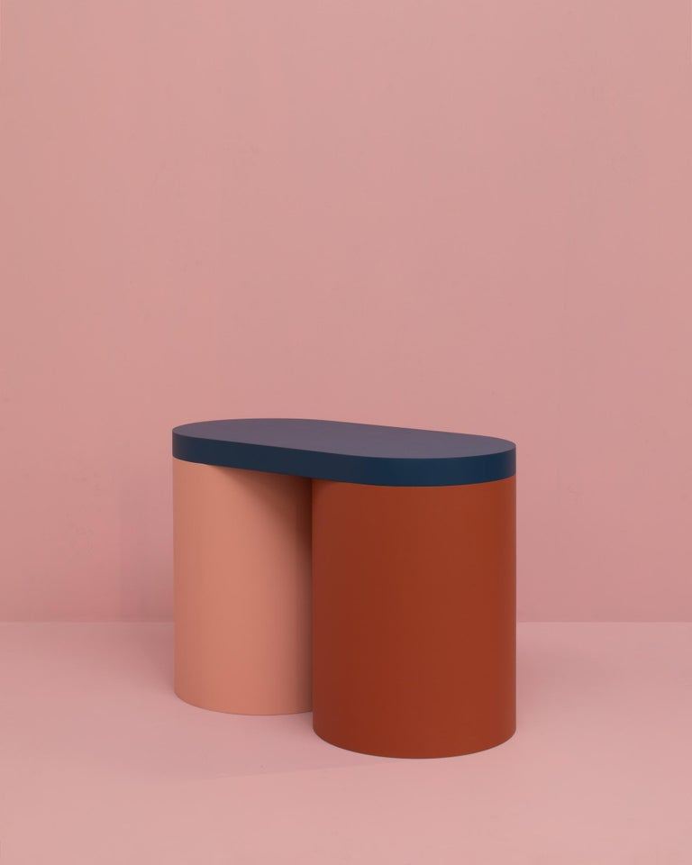 Colorful stool with a contemporary design.   Carefully handmade in our atelier. Manufactured in an artisanal way, in which every step of the process is carefully executed  The base of this stool consists of 1 hollow cylinder. It's topped with a