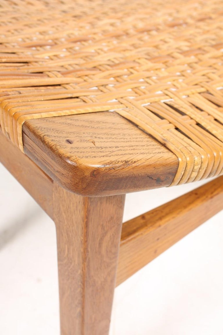 Stool in Oak and Cane Designed by Ejnar Larsen & Madsen, Danish Midcentury In Good Condition For Sale In Lejre, DK