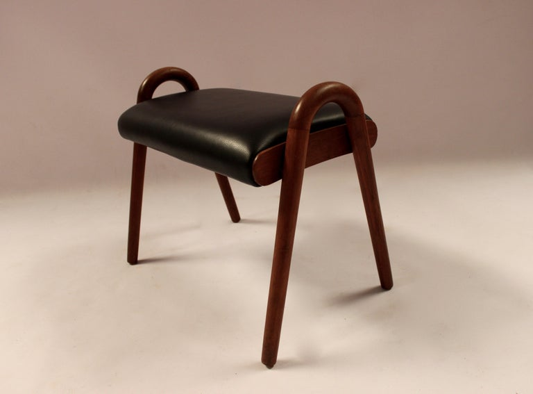 Scandinavian Modern Stool in Teak and Black Classic Leather Designed by Vilhelm Lauritzen, 1960s For Sale