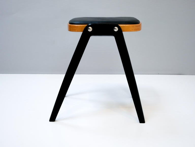 Stool Made in Sweden, 1950s In Good Condition For Sale In Helsingborg, Skåne
