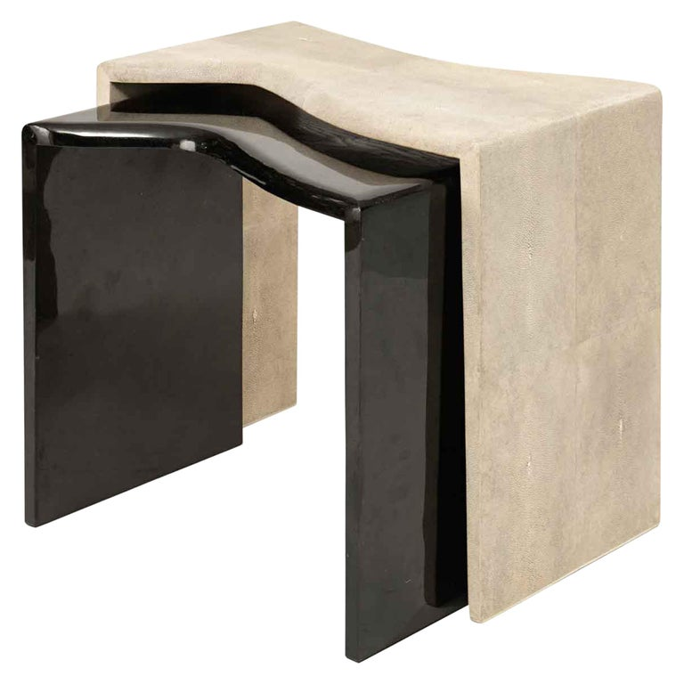 Storm Nesting Side Tables in Cream Shagreen and Black Shell by Kifu Paris For Sale