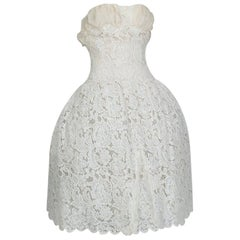 Strapless Ivory Guipure Lace Corseted Robe Française Wedding Dress - XS, 1950s
