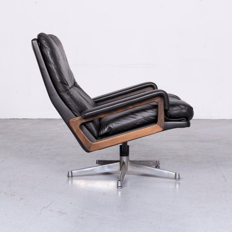 Contemporary Strässle King Designer Leather Armchair Black Chair