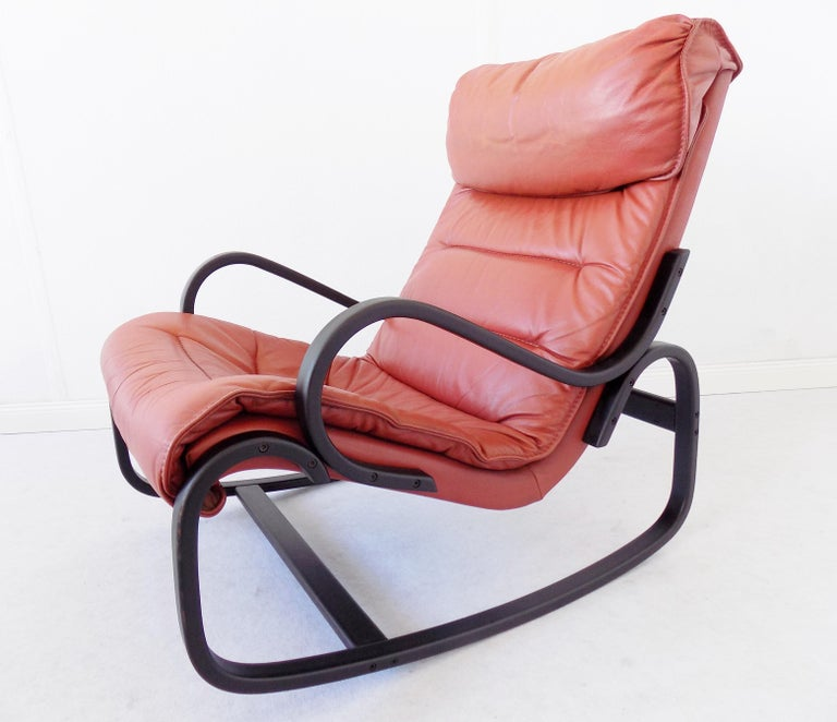 Prime Strassle Rocking Chair With Ottoman In Red Leather At 1Stdibs Short Links Chair Design For Home Short Linksinfo