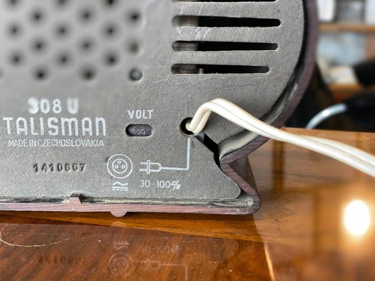 Streamlined Bakelite Tesla Talisman Radio, 1950s  For Sale 6