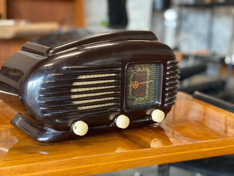 Talisman Radio by the Tesla company from the 1950s. A compact tabletop receiver in a streamlined design fondly referred to as the