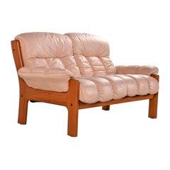 Stressless Ekornes Montana Solid Teak Loveseat Sofa in Pale Rose Leather