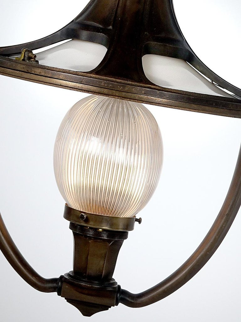 It's rare when you have the chance to purchase objects from an important lifetime collection. We've just started to list some of the rare early decorative train car lamps from this collection. Few of these luxury class Victorian RR lamps still