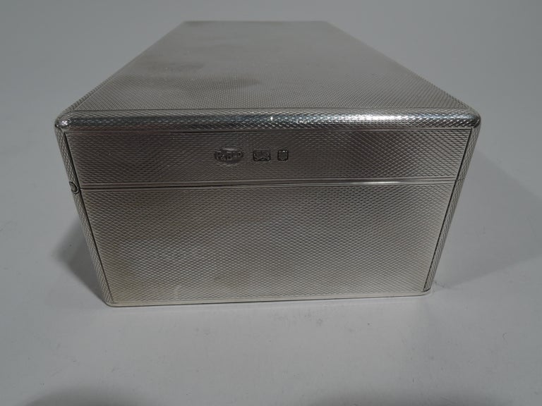 Striking English Art Deco Modern Sterling Silver Box For Sale 2