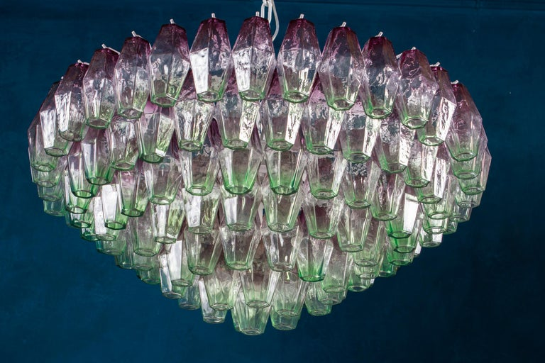 Striking Poliedri Pink and Green Murano Glass Chandelier, 1970 For Sale 1