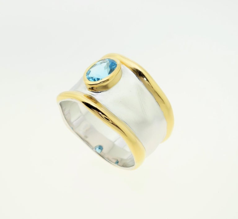 Modern Striking Swiss Blue Topaz Solitaire Cocktail Sterling Silver Ring Fine Jewelry For Sale