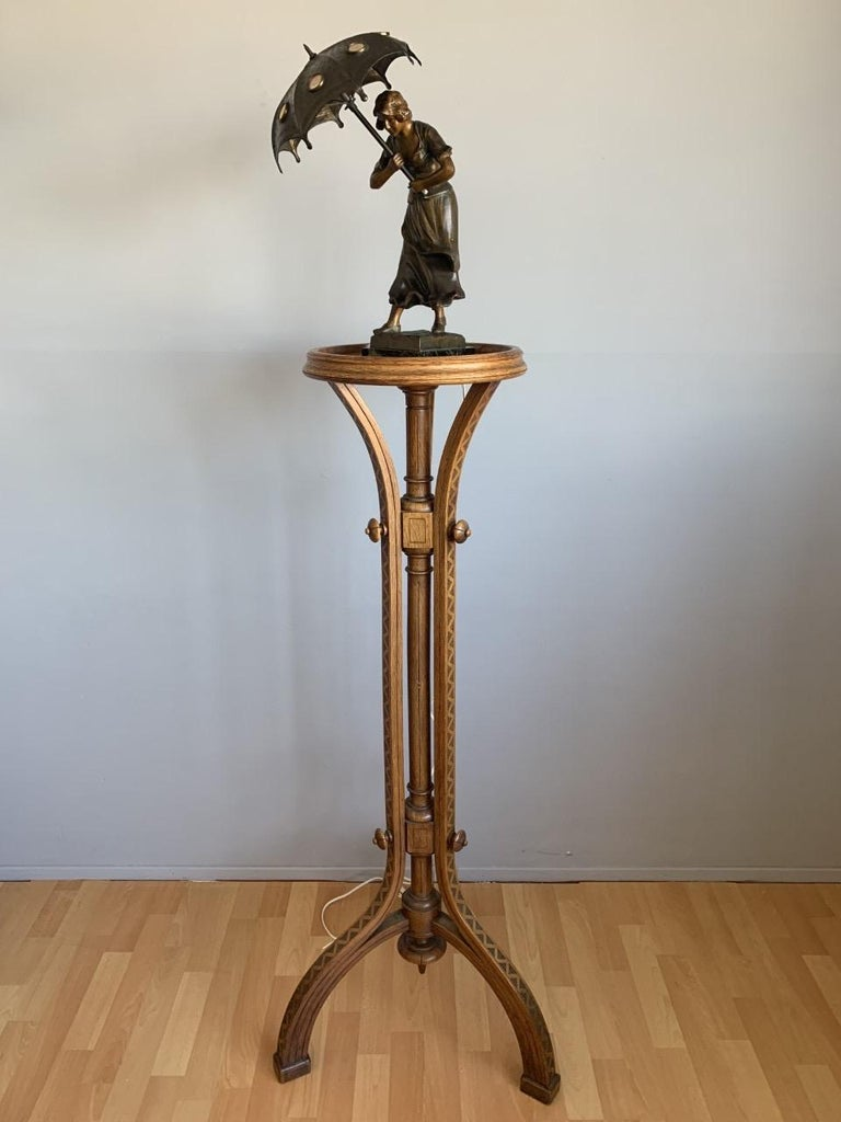 Striking & Top Quality Made Wooden Viennese Secession Pedestal / Sculpture Stand For Sale 3