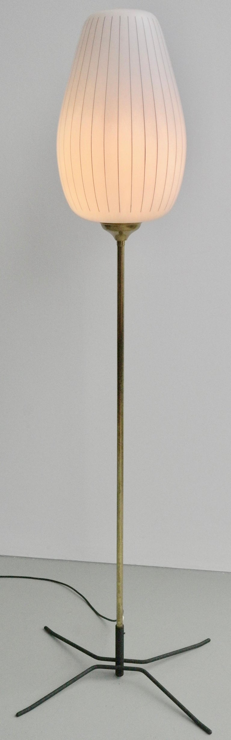 Striped Opaline Glass and Brass Floorlamp, Italy, 1950s For Sale 6