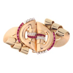 Strong Design Three-Tone Gold Retro Double Clip with Diamonds and Rubies, 1940s