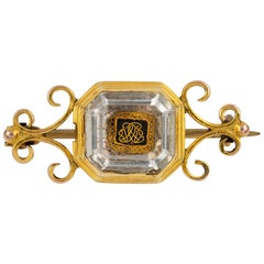Stuart Crystal and Gold Brooch