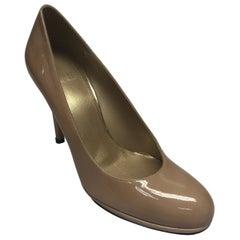 Stuart Weitzman Nude Patent Leather Heel-8