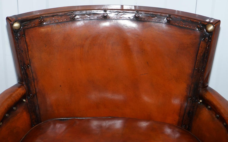 Studded Edwardian Restored Whisky Brown Leather Tub Club Suite Sofa & Armchairs In Good Condition For Sale In London, GB