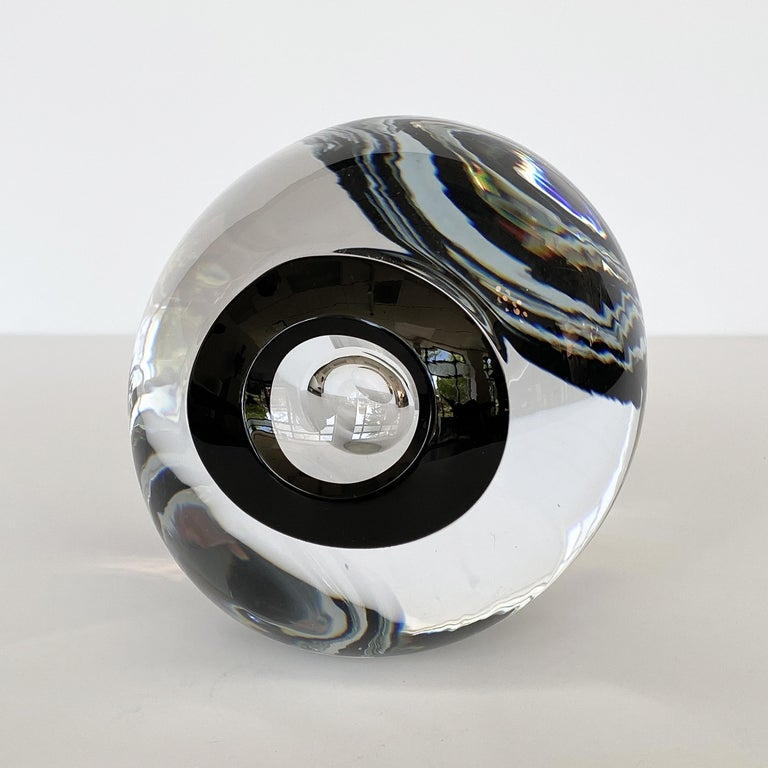 Abstract art glass sculpture by Lennart Nissmark and Martin Zirnsack for Studio Ahus, circa 2000. This is the largest sculpture from the Zero collection. The Zero collection was to celebrate the new millennium and also due to the circular elements