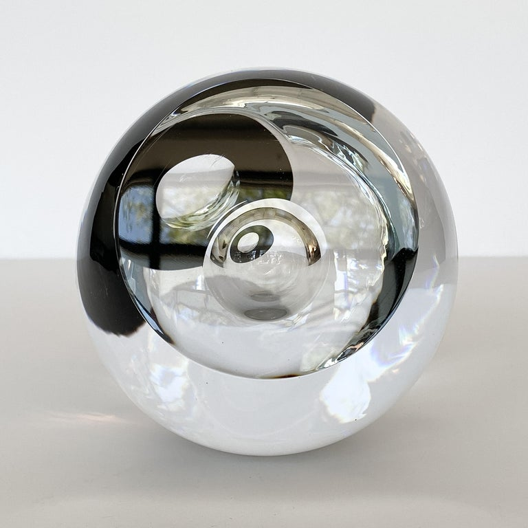 Studio Ahus Art Glass Sculpture by Lennart Nissmark In Excellent Condition In Chicago, IL