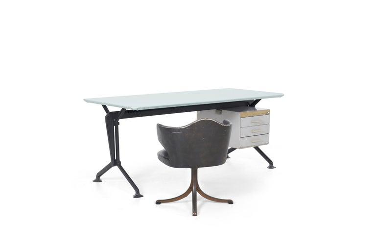 Mid-Century Modern Studio BBPR Desk For Sale