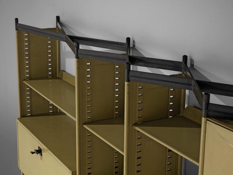 Studio BBPR for Olivetti 'Spazio' Shelving System in Metal For Sale 4