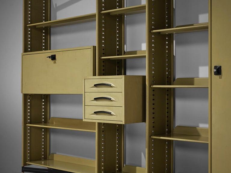 Studio BBPR for Olivetti 'Spazio' Shelving System in Metal For Sale 2