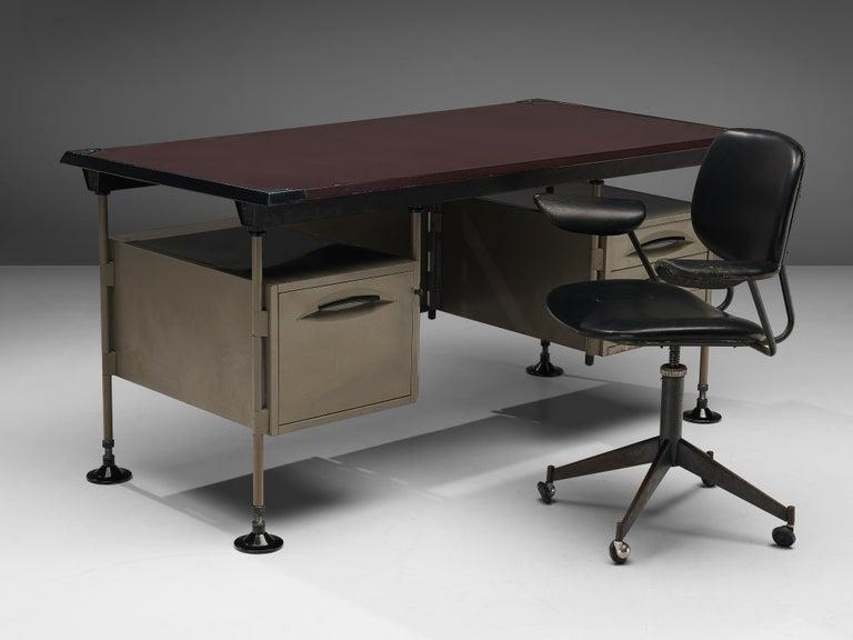 Studio BBPR for Olivetti Swivel Desk Chair in Black Leather For Sale 3
