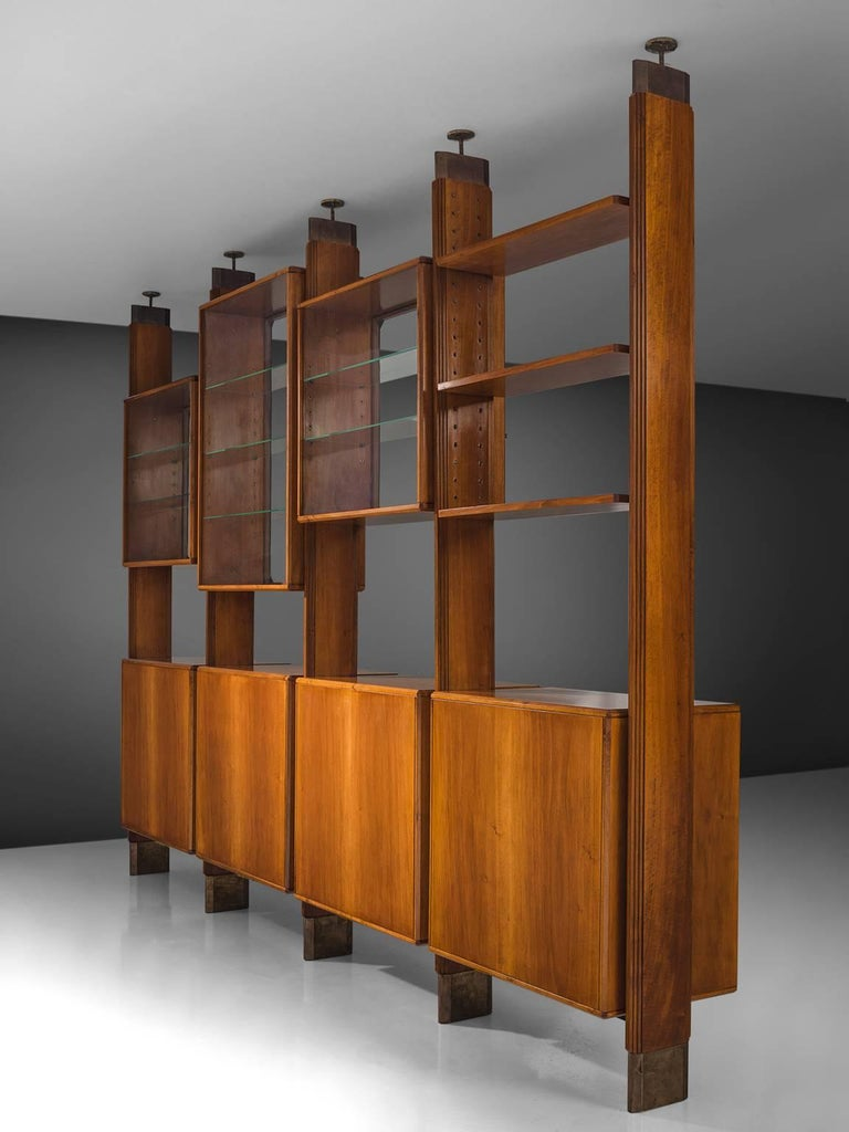 Studio BBPR Fully Restored Room Divider in Walnut and Brass In Excellent Condition In Waalwijk, NL