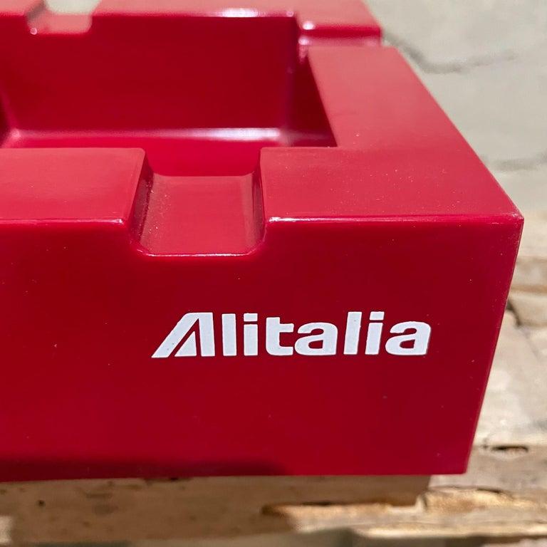 Mid-Century Modern Studio Joe Colombo for Alitalia Airlines Red Ashtray Milano, Italy, 1970s For Sale