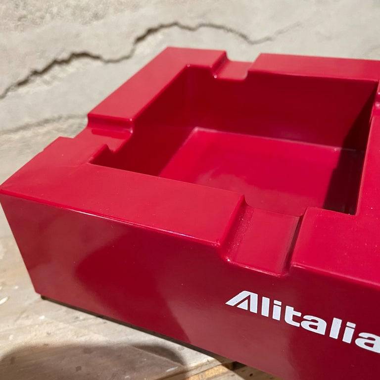 Late 20th Century Studio Joe Colombo for Alitalia Airlines Red Ashtray Milano, Italy, 1970s For Sale