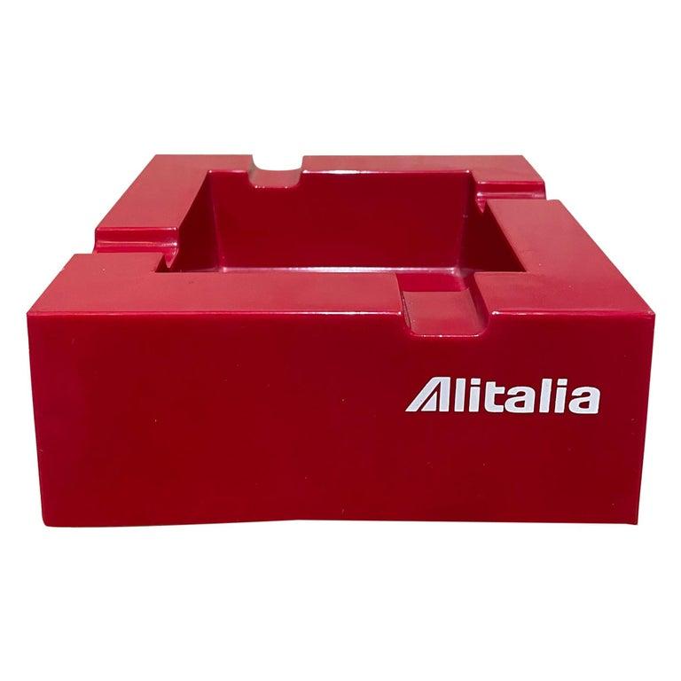 Studio Joe Colombo for Alitalia Airlines Red Ashtray Milano, Italy, 1970s For Sale