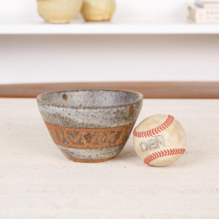 Mid-Century Modern Studio Pottery Stoneware Bowl For Sale
