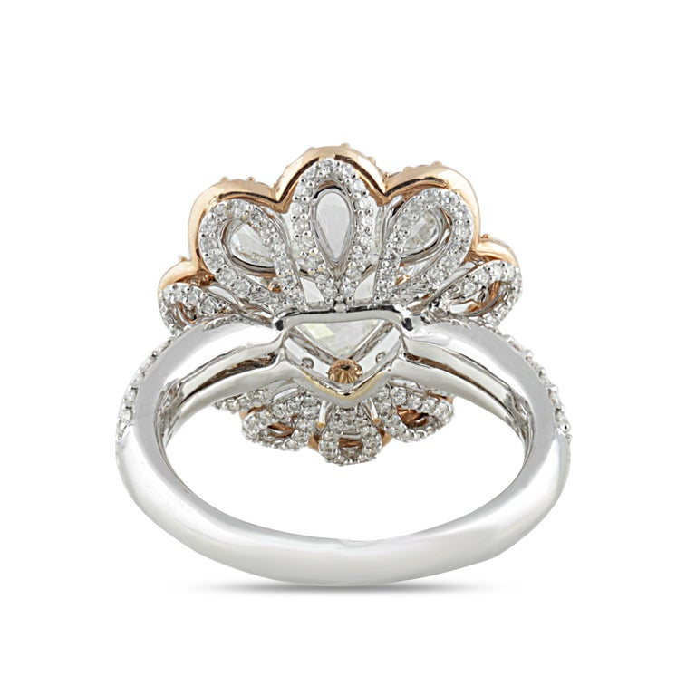 Studio Rêves 0.90 Carat Heart Rose Cut Floral Ring in 18 Karat Gold In New Condition For Sale In Mumbai, Maharashtra
