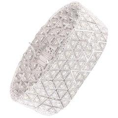 Studio Rêves 13.01 Carat Round Diamond Tennis Bracelet in 14 Karat Gold