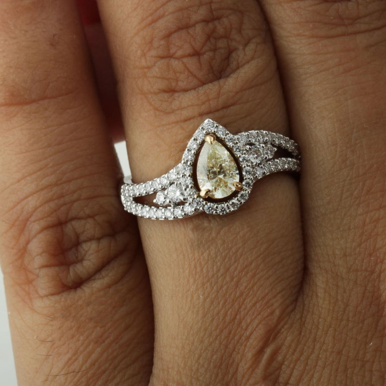 Studio Rêves 0.53 Carat Yellow Pear Engagement Ring in 18 Karat Gold For Sale 3