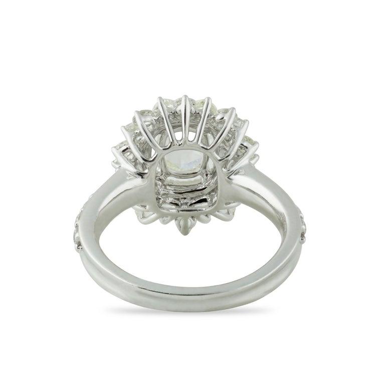 Studio Rêves 0.79 Carat Oval Rose Cut Diamond Engagement Ring in 18 Karat Gold For Sale 1