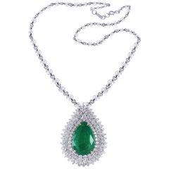 Studio Rêves 18 Karat Gold 7.19 Carat Pear Emeralds and Diamond Drop Necklace
