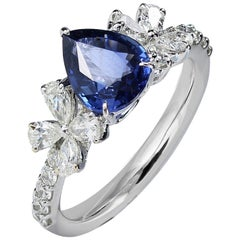 Studio Rêves Blue Sapphire and Diamonds Floral Engagement Ring in 18 Karat Gold