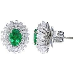 Studio Rêves Emerald and Baguette Diamonds Stud Earrings in 18 Karat Gold