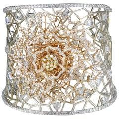Studio Rêves Rose Cut Diamonds Floral and Mesh Bracelet in 18 Karat Gold