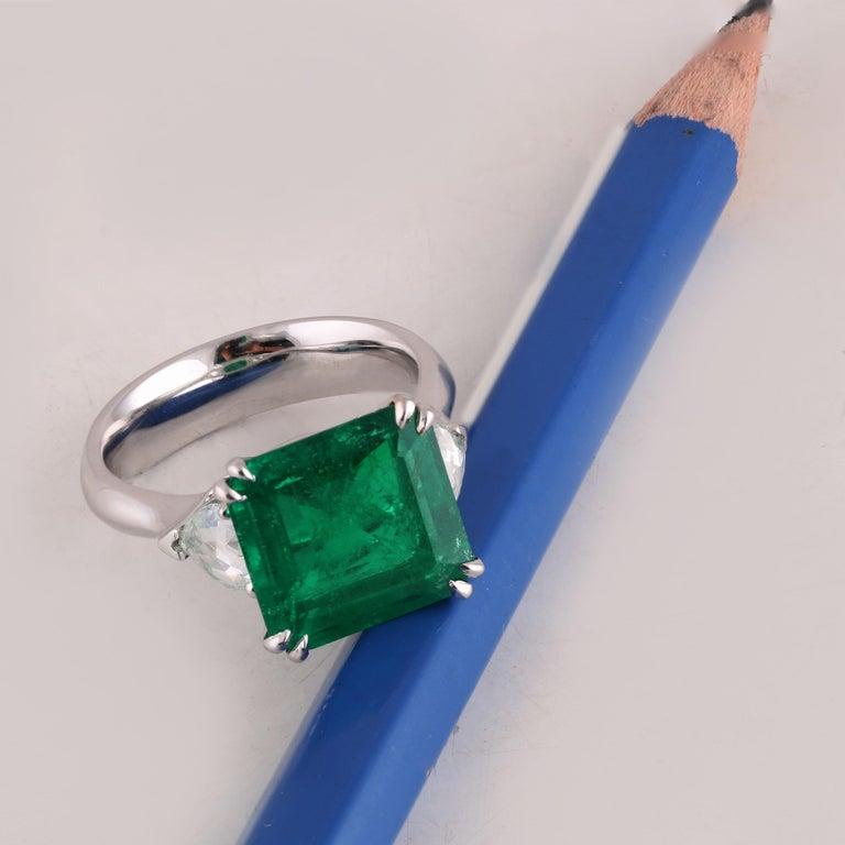 Trillion Cut Studio Rêves 5.51 Carat Emerald and Trillion Rose Cut Diamond Ring in 18K Gold For Sale