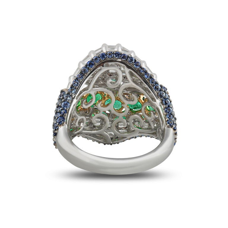 Studio Rêves Baguette Diamond with Emerald and Blue Sapphire Wave Cocktail Ring  In New Condition For Sale In Mumbai, Maharashtra