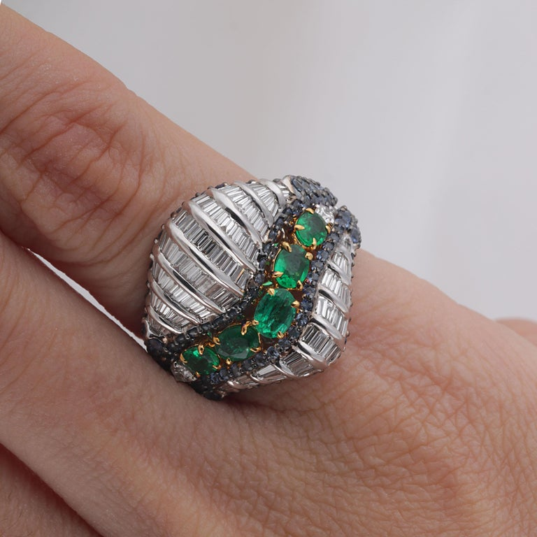 Studio Rêves Baguette Diamond with Emerald and Blue Sapphire Wave Cocktail Ring  For Sale 2