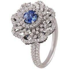 Studio Rêves Blue Sapphire and Diamond Ring in 18 Karat Gold
