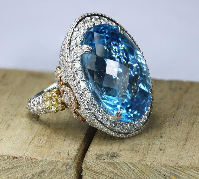 Studio Rêves Blue Topaz and Diamond Ring in 18 Karat Gold For Sale 5