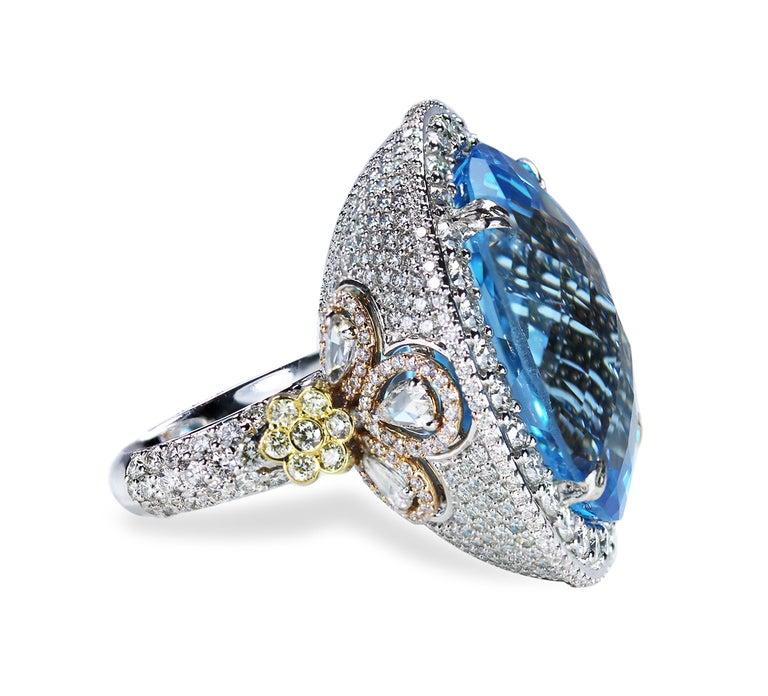 Studio Rêves Blue Topaz and Diamond Ring in 18 Karat Gold For Sale 2