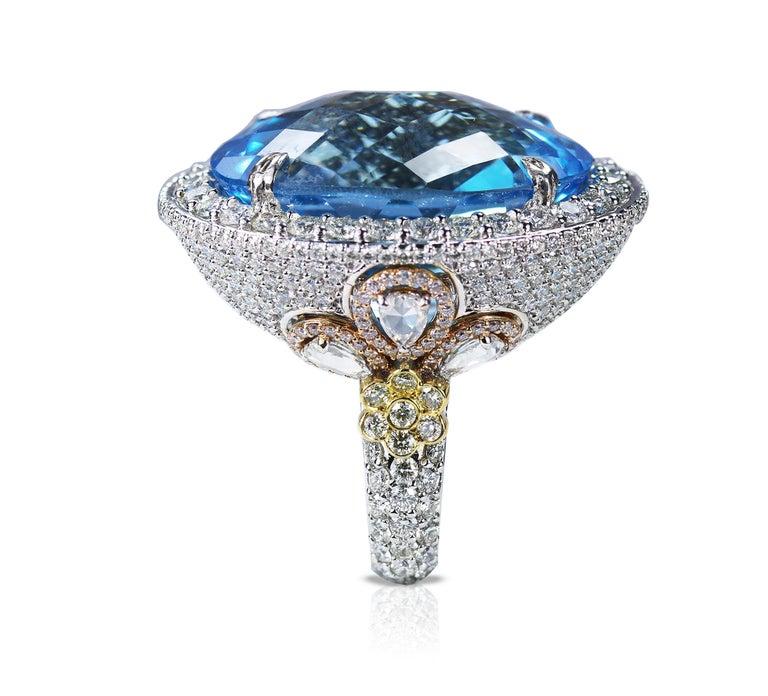 Studio Rêves Blue Topaz and Diamond Ring in 18 Karat Gold For Sale 3