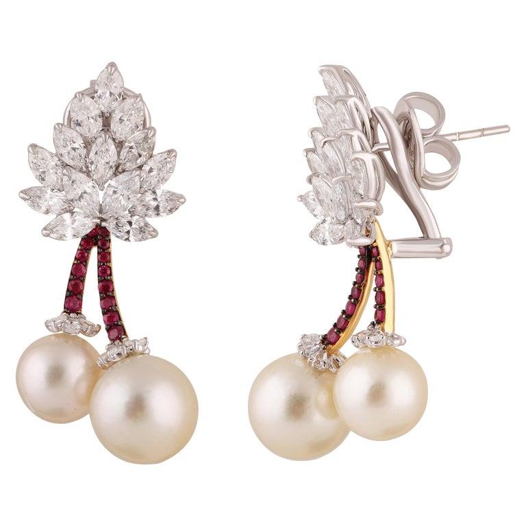 Studio Rêves Cherry Blossom Diamond Stud Earrings in 18 Karat Gold For Sale