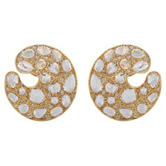 Studio Rêves Circular Stud Earrings with Yellow and White Diamonds in 18K Gold