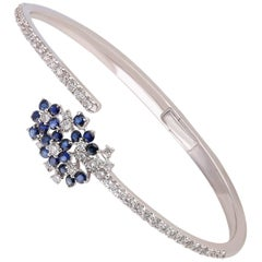Studio Rêves Cluster Spring Diamond and Blue Sapphire Bracelet in 18 Karat Gold